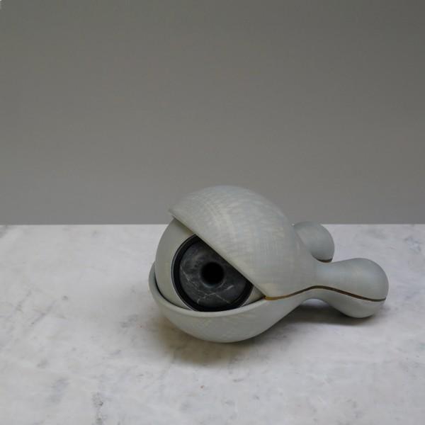 Pedra, resina, acrílico, pla 15X15X23cm [ECU059]